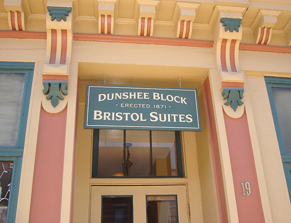 Bristol-Suites-entry-sign