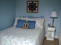 room-with-full-size-bed