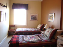 room-with-twin-beds